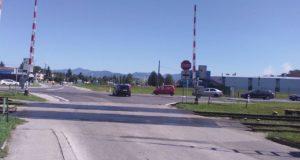 V Košťanoch nad Turcom cez víkend opravujú železničné priecestie: Pripravte sa na obchádzky
