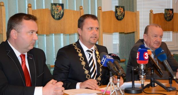 , Hrozbu nútenej správy pre mesto Martin chce primátor Hrnčiar riešiť aj s prezidentom