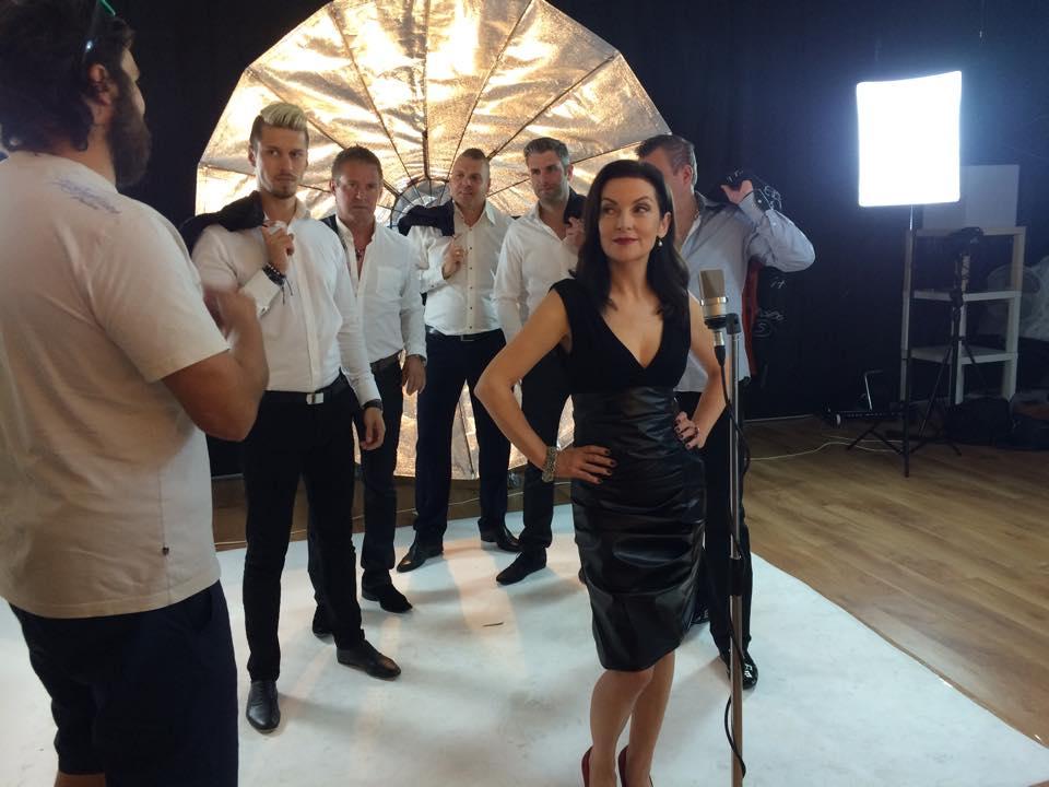 , Speváčka Beáta Dubasová prichádza s pohodovou novinkou Som