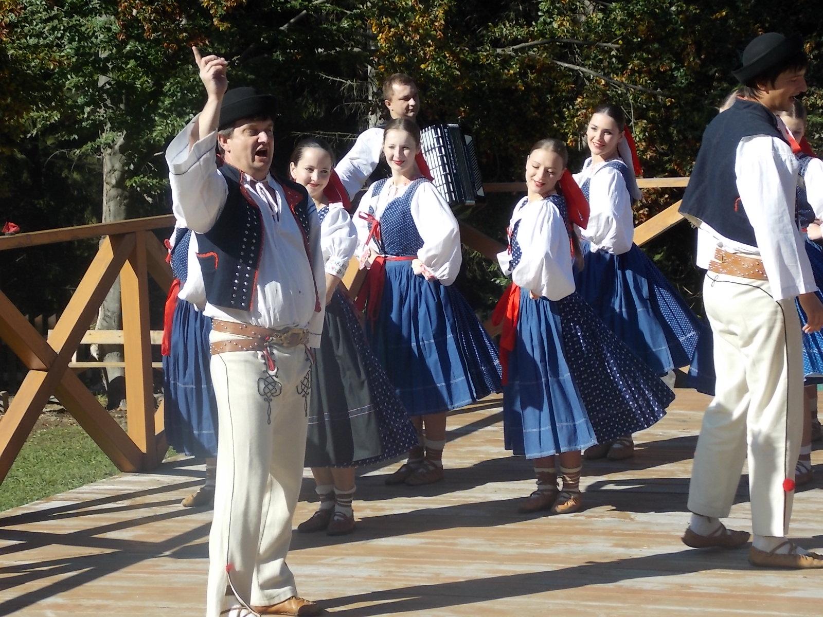 , Folklór z troch krajín v Kysuckom múzeu