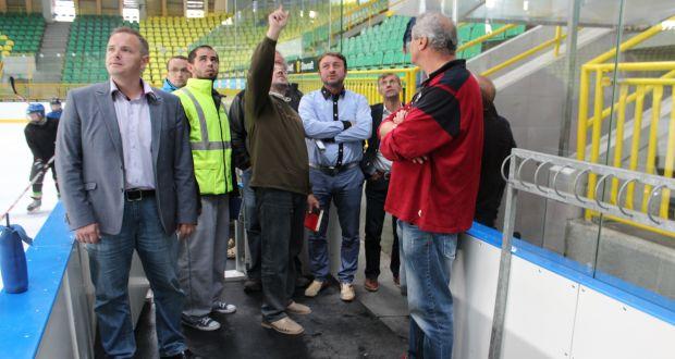 , Poslanci mestského zastupiteľstva skontrolovali stav zimného štadióna