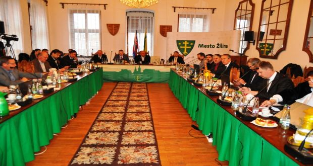 , Mimoriadne zastupiteľstvo odhlasovalo ďalšie zmeny v rozpočte mesta