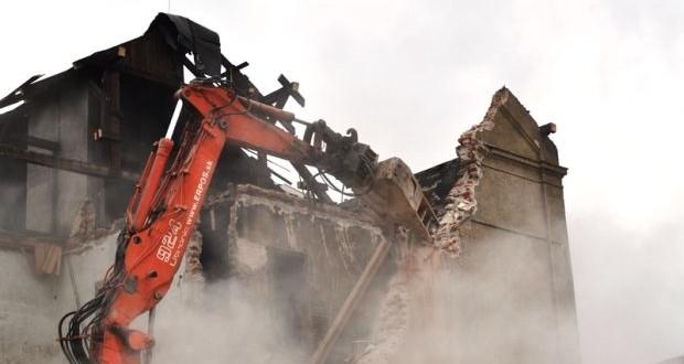 , Žilina: Mesto zbúra ďalšiu bytovku na Bratislavskej ulici