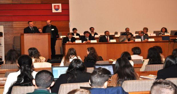 , Akademická simulácia zasadnutia OSN po piatykrát v Žiline