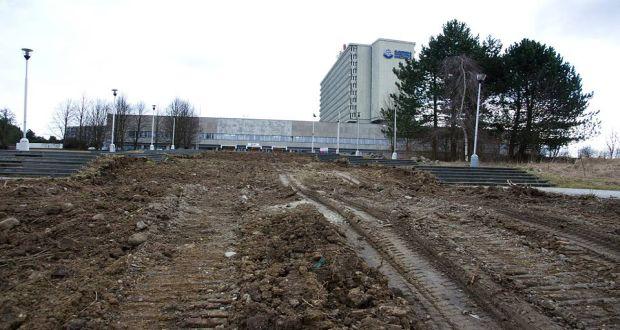 , V Slovenskej národnej knižnici sa začalo s opravou prístupového schodiska