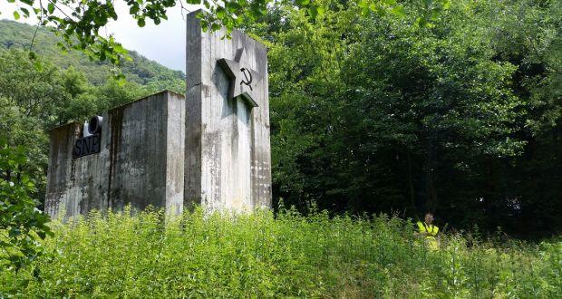 , Pamätník SNP pri Dubnej Skale udržujú dobrovoľníci