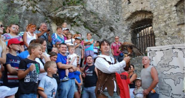 , Stredoveké hradné hry Žofie Bosniakovej na hrade Strečno