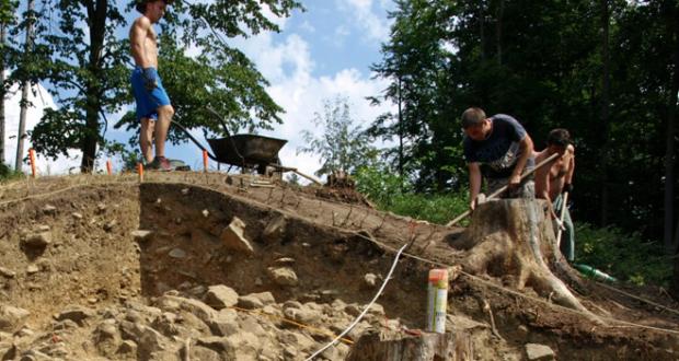 , Deň otvorených dverí na archeologickom výskume pri obci Divinka