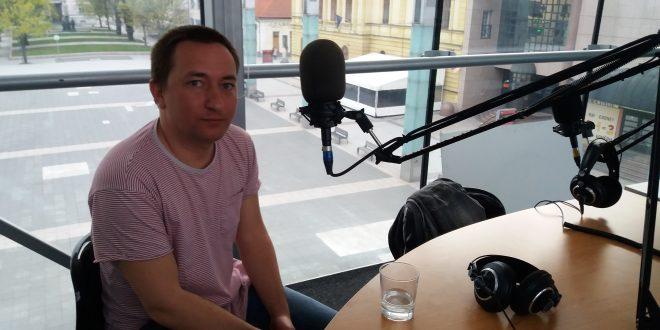 , Feďo Výrostko: Nie je jednoduché žiť ako profesionálny muzikant, ruky poistené nemám