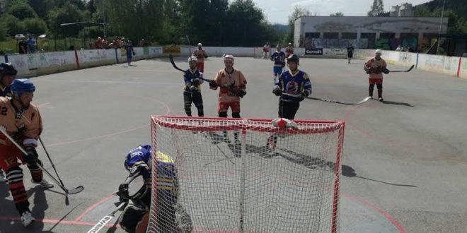 , Kysucká hokejbalová liga sa púšťa do záverečného špurtu