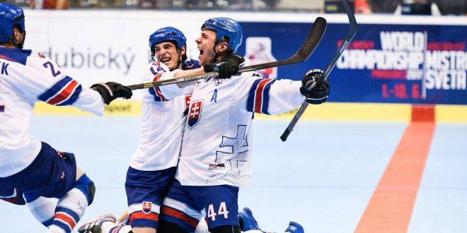 , Slovenskí hokejbalisti zatiaľ nenašli premožiteľa. Vyhrali aj nad favorizovanou Kanadou