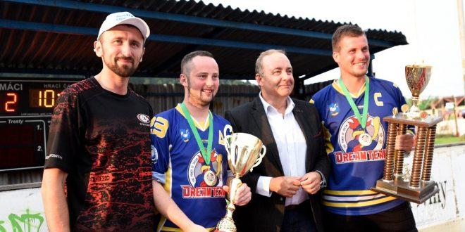 , Primátorský turnaj v Čadci vyhral domáci Dream team