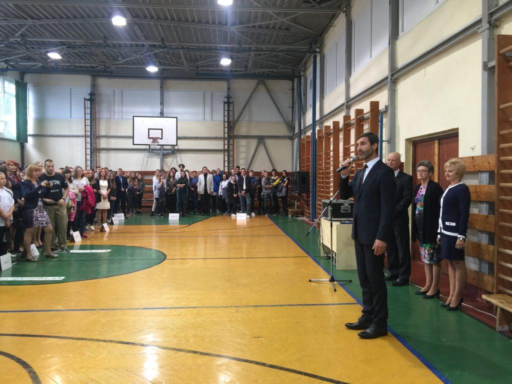 , Šup späť do lavíc! Školský rok v Martine otvoril žilinský župan