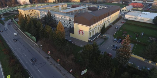 , O absolventov SOŠ sv. Jozefa Robotníka v Žiline majú firmy záujem