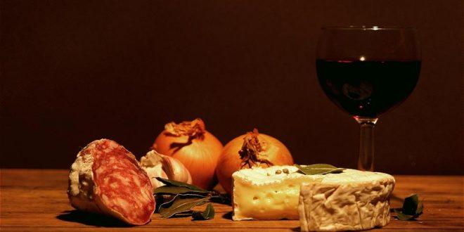 , Biele, ružové a červené, víno pre všetky problémy ako stvorené