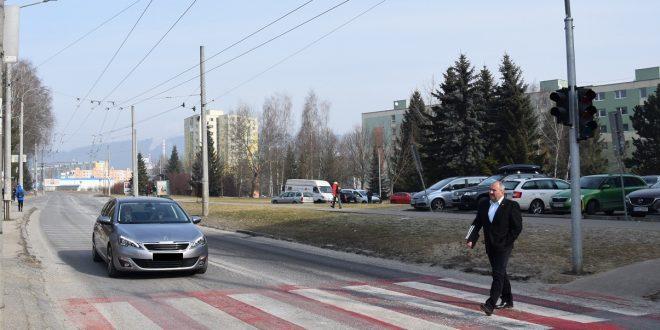 , Nový semafor na sídlisku Vlčince zvýši bezpečnosť chodcov