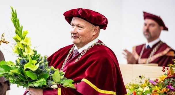 , Žilina: UNIZA otvorila 66.akademický rok a uctila si partnerov medailami