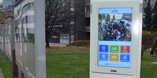 , Žilina: Pred mestským úradom funguje nový informačný kiosk SHMÚ