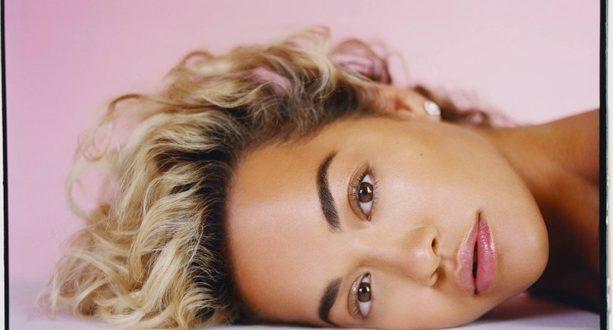 , Rita Ora vydáva po dlhoročných sporoch album. Očakáva sa plno hitov