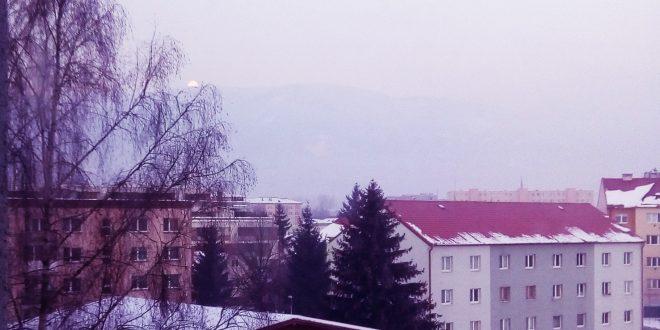 , SHMÚ vydal v okrese Martin výstrahu pred závažnou smogovou situáciou.