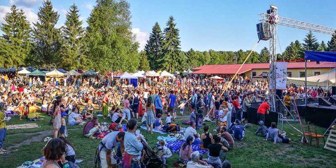 , A tak vznikla jedna veľká usmiata rodina… Ako ste sa zabávali na festivale Drienok?