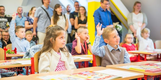 , Do škôl v Dolnom Kubíne nastúpilo viac ako tritisíc detí