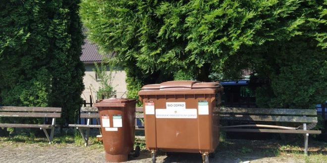, Mesto Ružomberok umiestnilo kontajner na biologicky rozložiteľný odpad na cintoríne v Hrboltovej