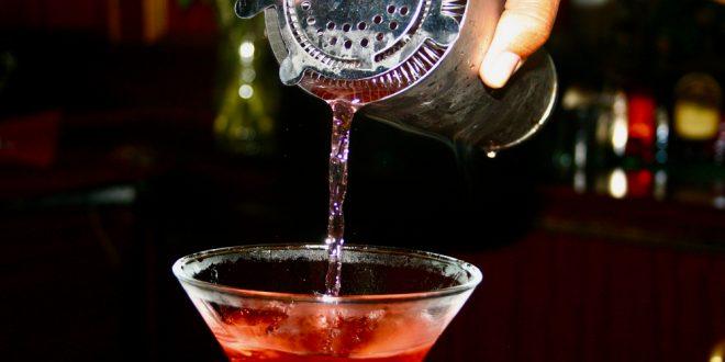 miesane drinky, Miešané drinky, ktoré si dokážete namiešať aj u vás doma
